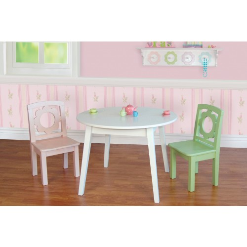 Pretty petals round table set for Pretty html table